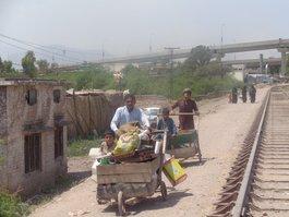 پناهندگان افغانی امیدوارند پس از مرگ ملا منصور، صلح برقرار شود