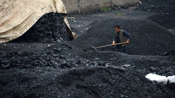 افغان ها قتل کارگران معدن زغالسنگ در بغلان را محکوم کردند