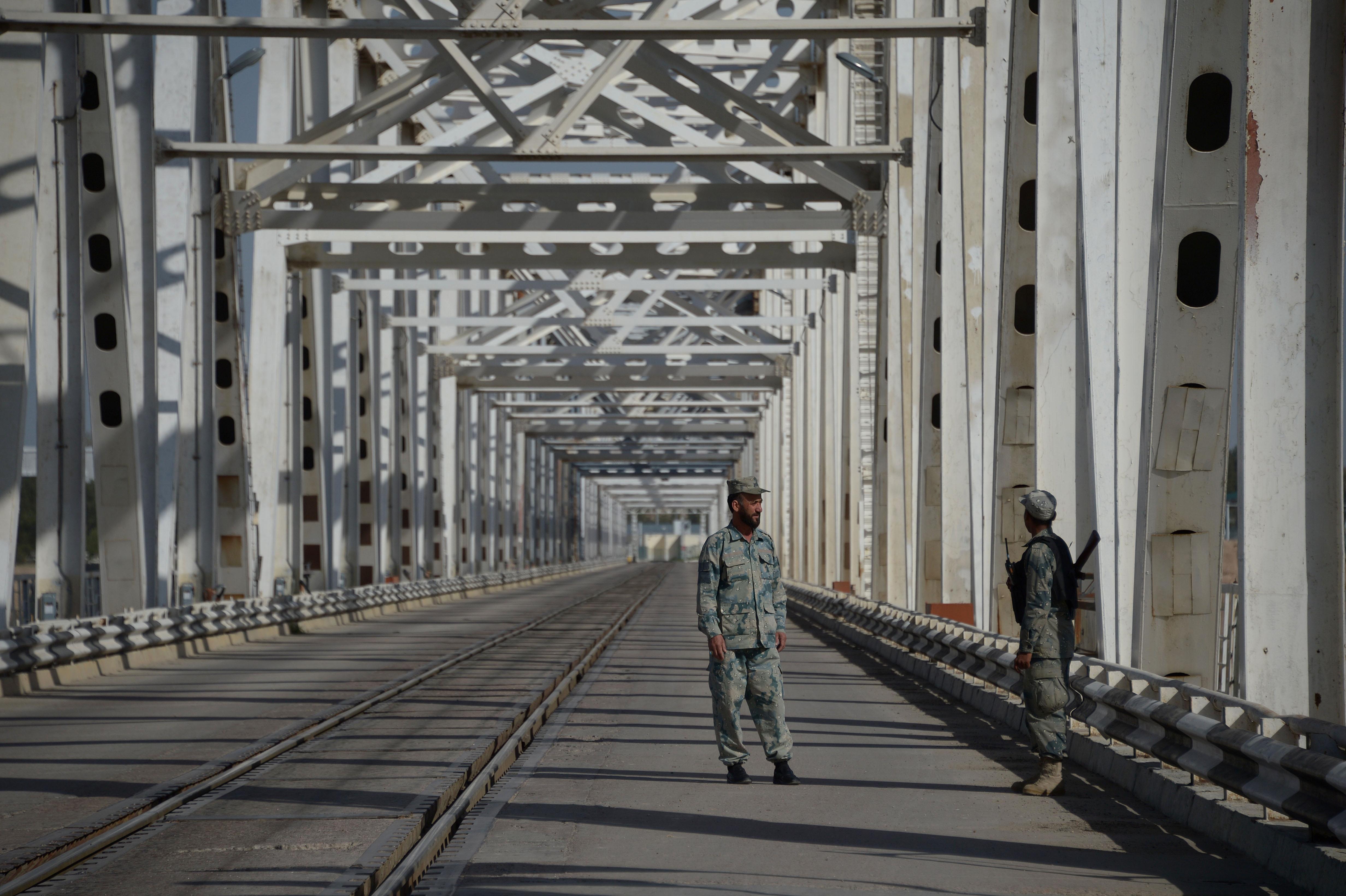 پروژه های مشترک ازبکستان و افغانستان برای ایجاد فرصت های شغلی و مبارزه با شبه نظامی گری
