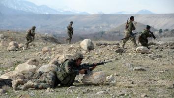 افغان ځواکونو په ننګرهار کې د داعش اورپکي پسې واخیستل