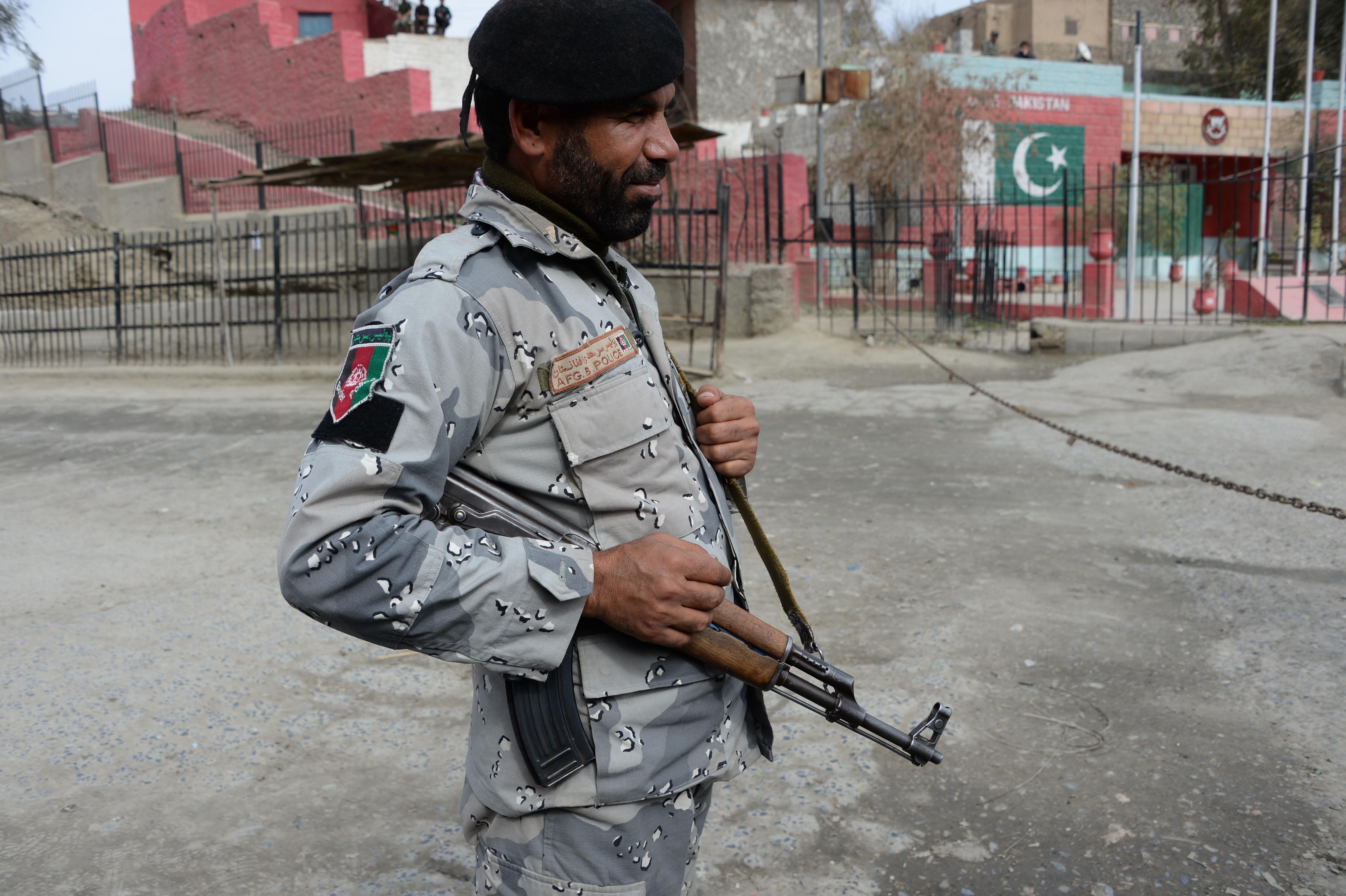پاکستان او افغانستان د ترهګرۍ پر ضد مبارزه کې هڅې ګړندۍ کوي