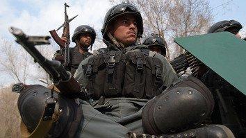 همزمان با تحقیق مسئولین در رابطه با حمله بر شفاخانه مردم افغانستان جواب های اندکی را دریافت کرده اند