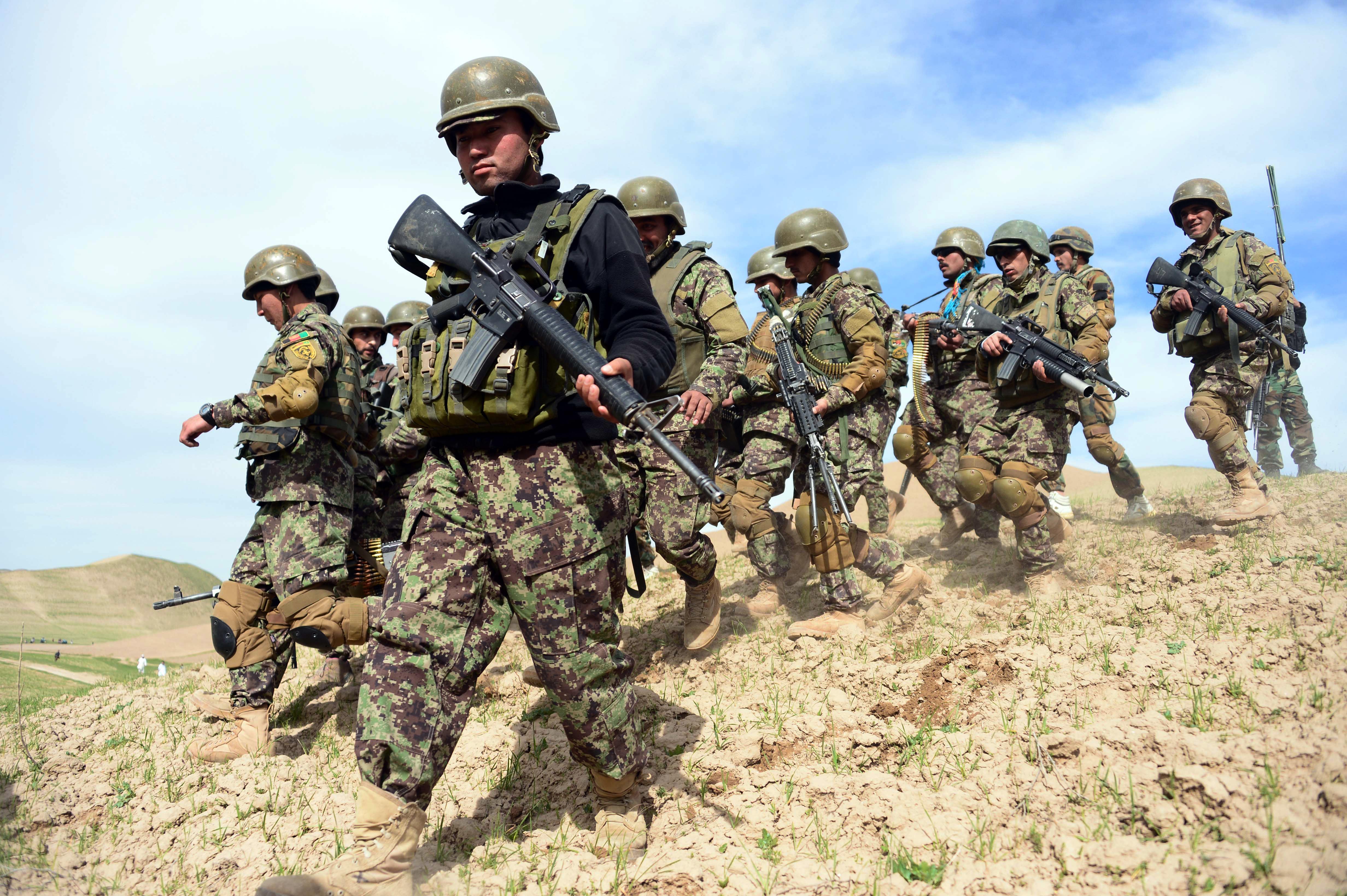شبه نظامیان در افغانستان دچار تلفات سنگین و روحیه پایین شده اند