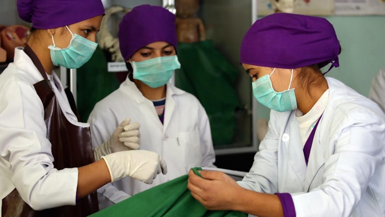 قدرت بخشی به زنان جهت خدمات صحی بهتر در افغانستان