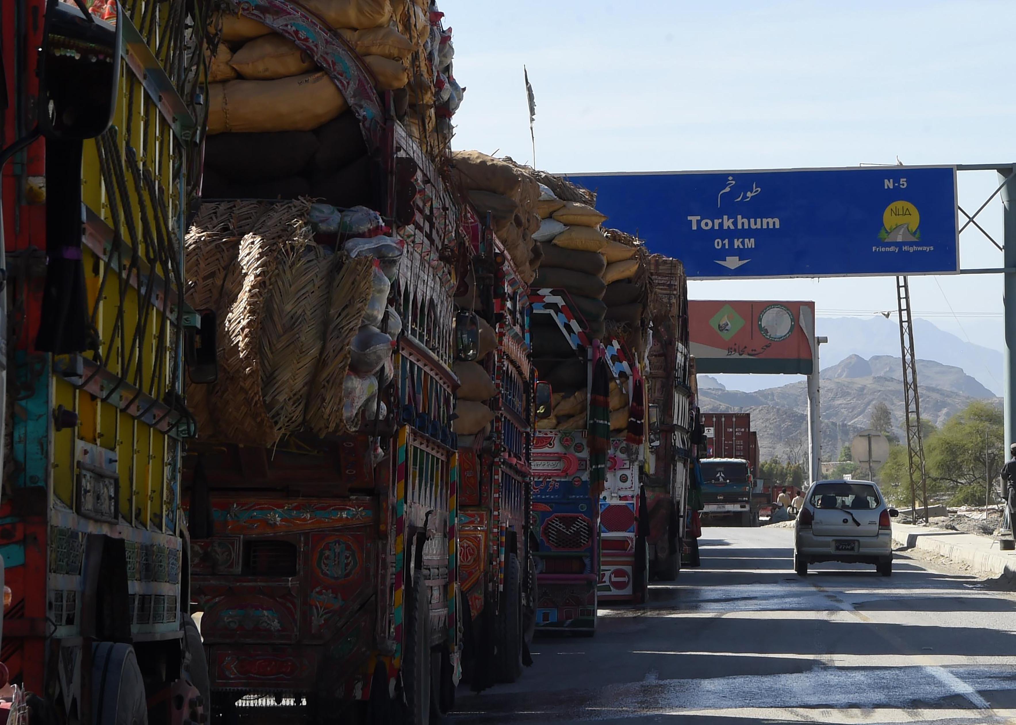 پاکستان و افغانستان قدم هایی را برای بهبود روابطشان برمی دارند