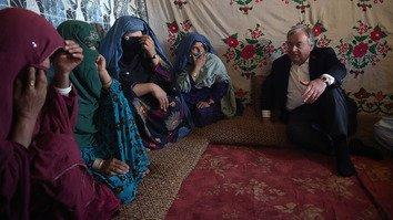 په کابل کې، د ملګرو ملتونو مشر د سولې او د زیاتې بشردوستانه مرستې غوښتنه وکړه