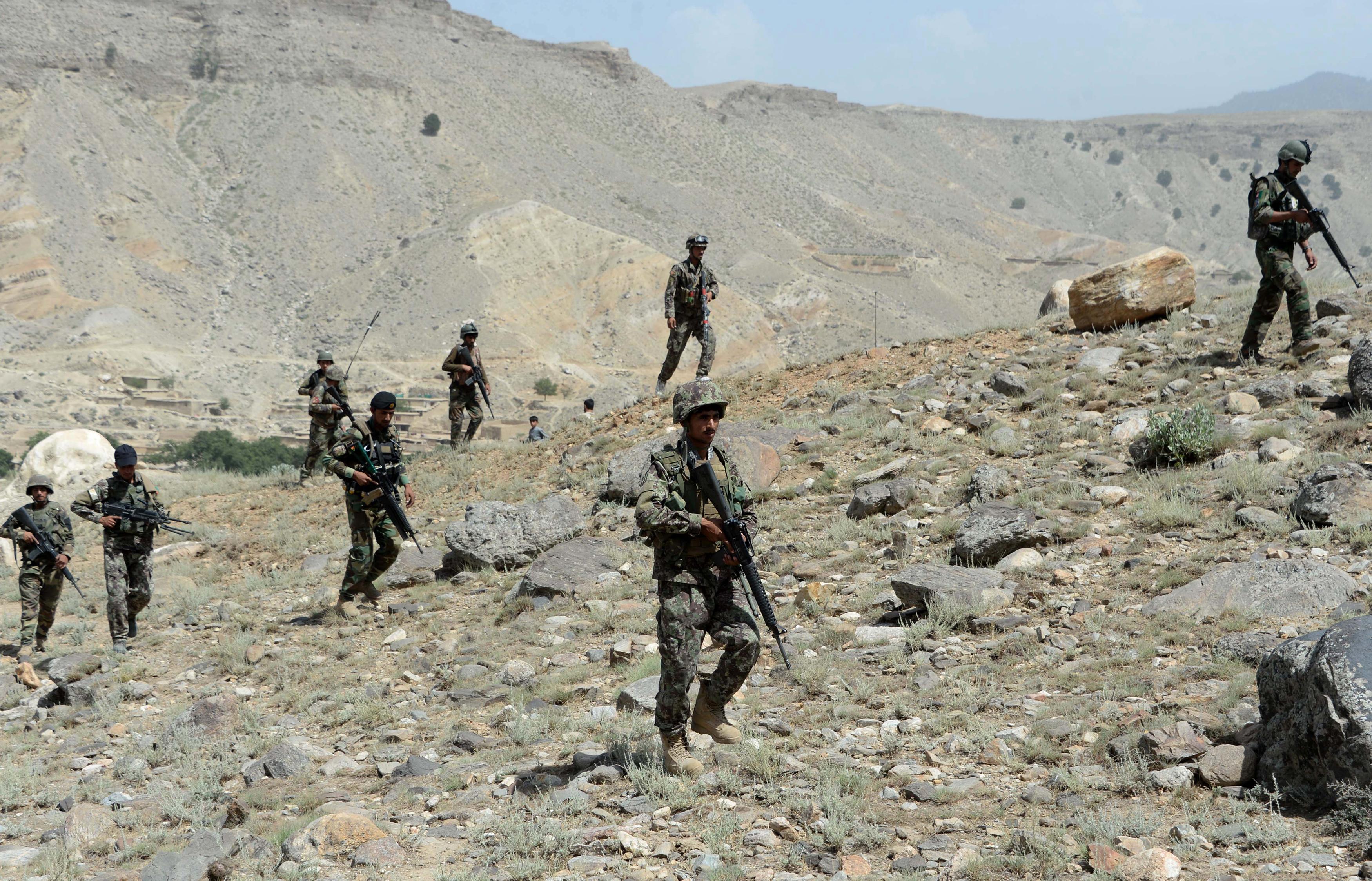 قوای افغان غارهای تحت کنترل داعش در تورا بورا را محاصره می کنند