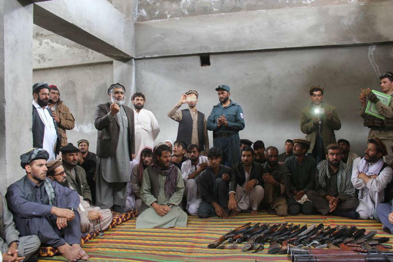 Azra District residents revolt against Taliban