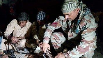پاکستان بالغ بر 400 پوسته امنیتی را در مرز با افغانستان اعمار می کند