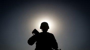 افغان های امیدوار از تعهد جدید ایالات متحده در حفظ قوای نظامی اش در افغانستان استقبال کردند