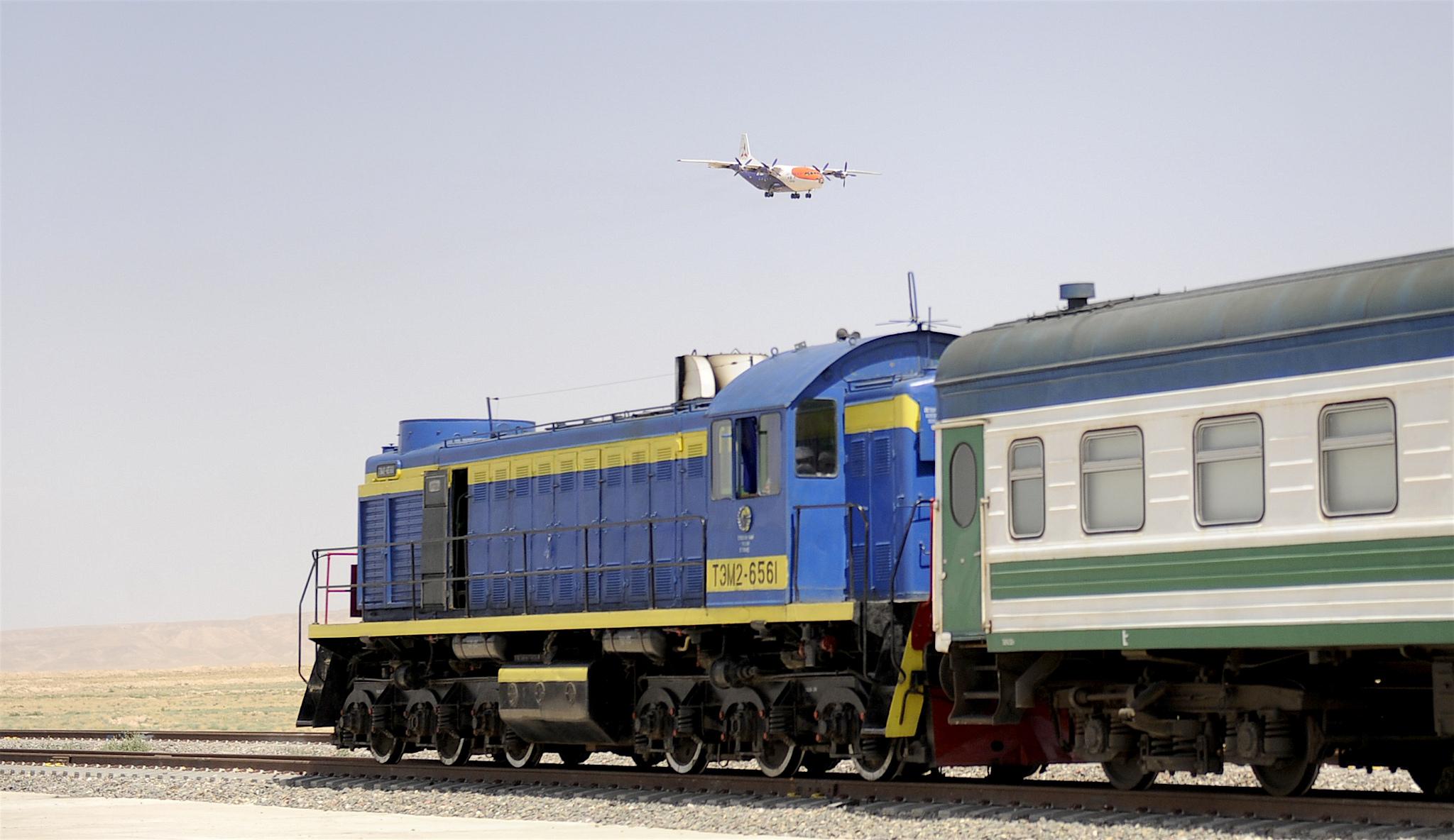امیدواری ازبکستان به احداث خط آهن مزارشریف به هرات