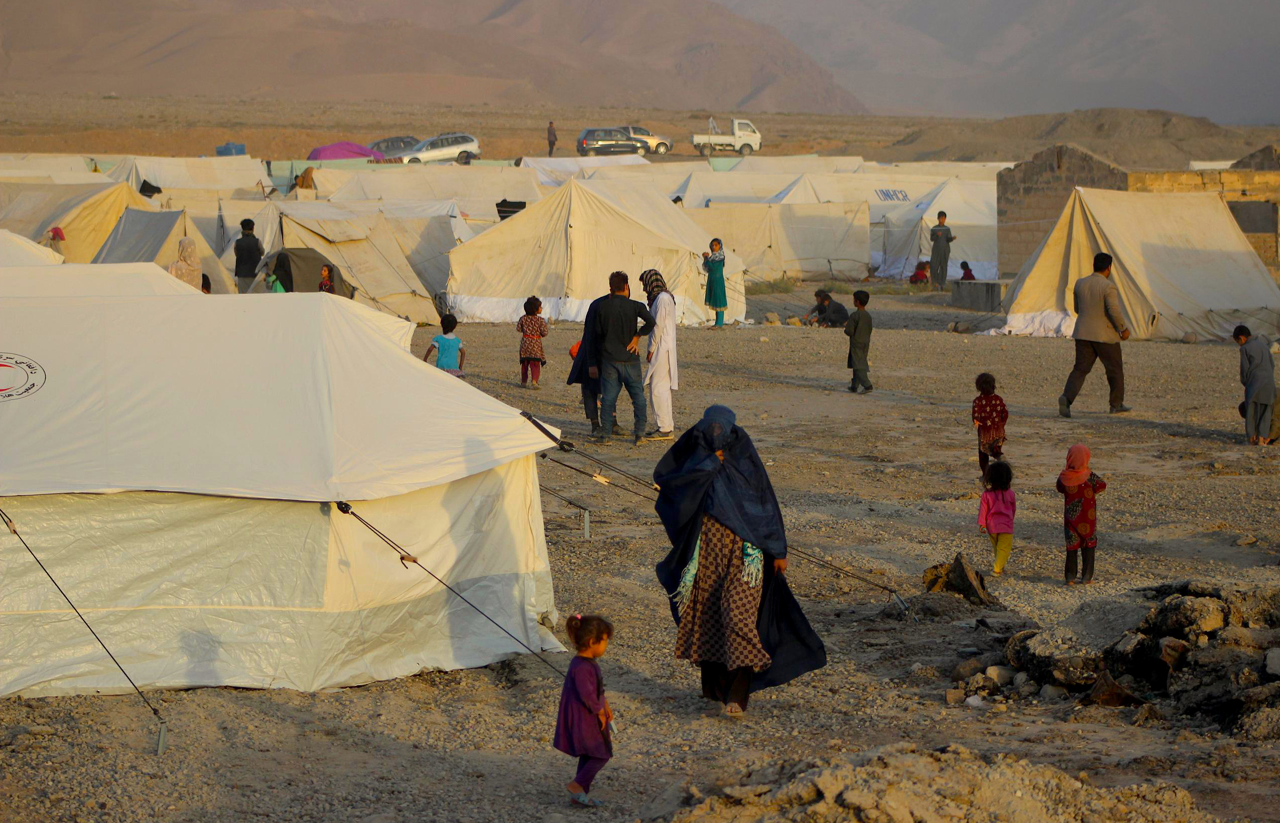 Afghans condemn militant activities as mass displacement continues