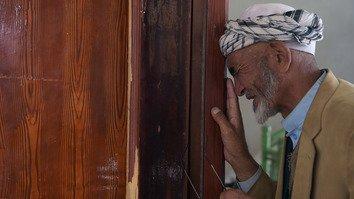 هدف قرار دادن عمدی غیرنظامیان در مساجد توسط طالبان و داعش اقدام «غیرانسانی» است
