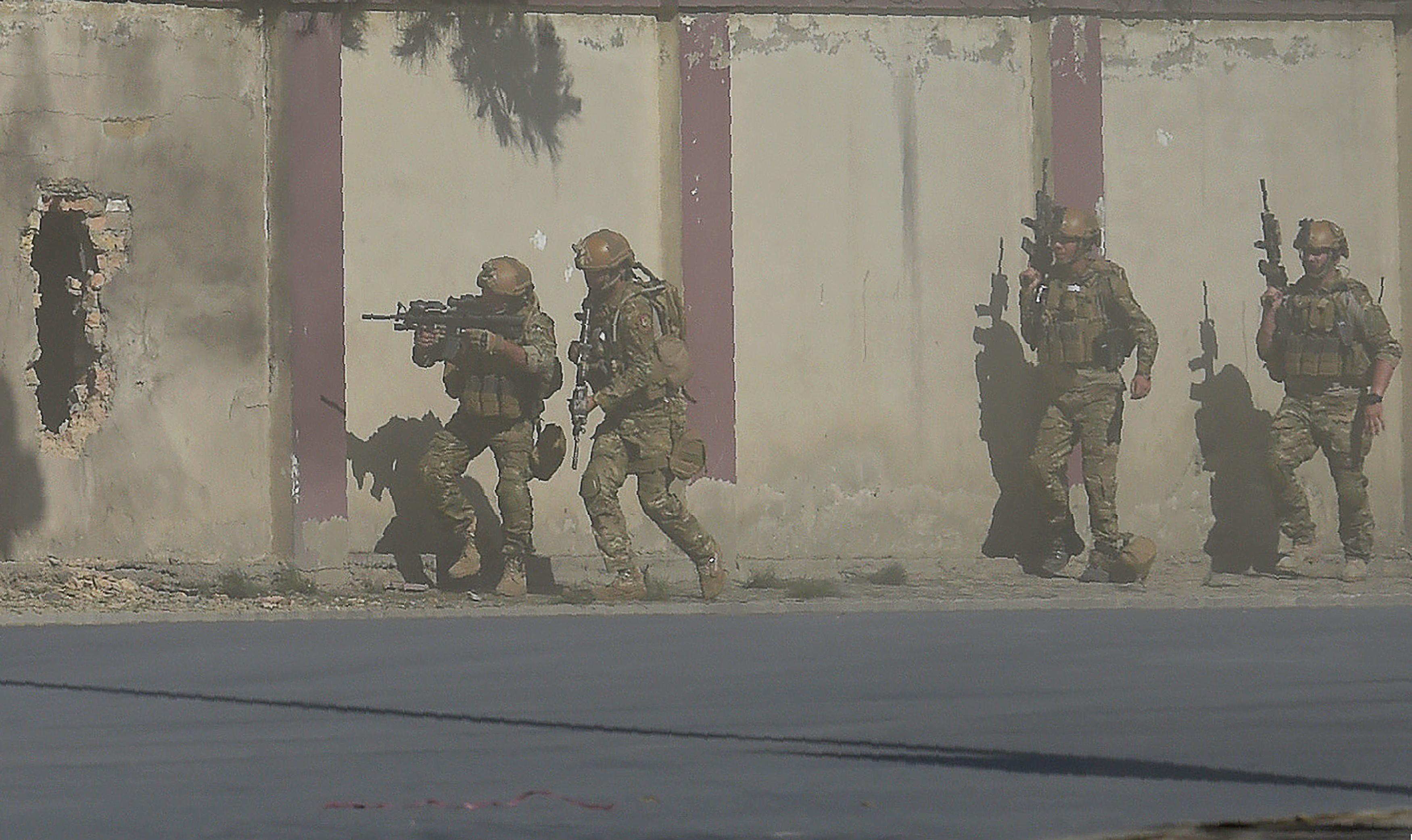 پر تلوېزیون سټېشن د داعش له برید څخه وروسته ژورنالست وویل 'هغوی نشي کولی چې زمونږ غږ چوپ کړي'