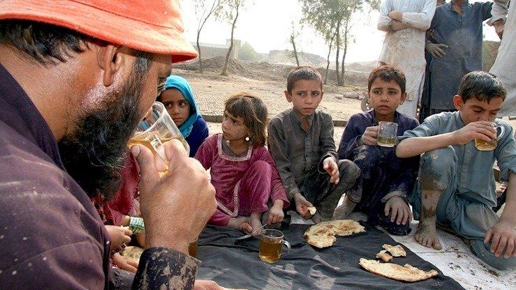 «مليونونه افغانان له ورځنيو خوراکي توکو محروم دي»