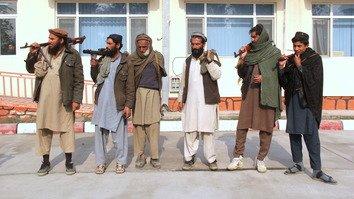 گروهی از طالبان با ندامت از خشونت های گذشته در ننگرهار تسلیم شد