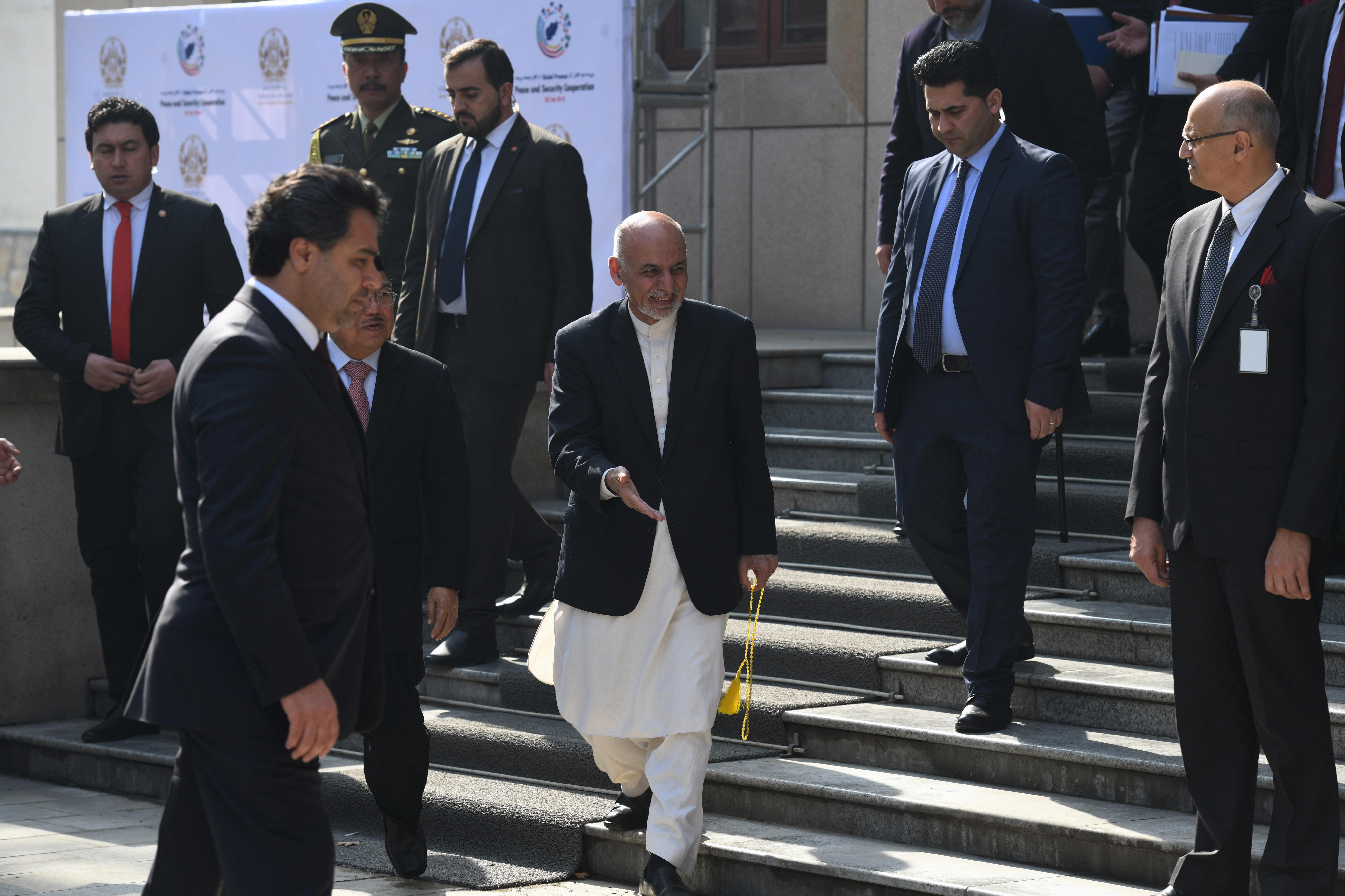 ایالات متحده از طالبان خواست تا پیشنهاد صلح غنی را 'جدی' بگیرند