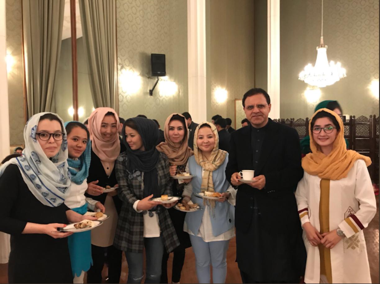 پروگرام بورسیه به هدف تعلیم دریافت کننده گان آن منحیث 'سفیران پاکستان در افغانستان'