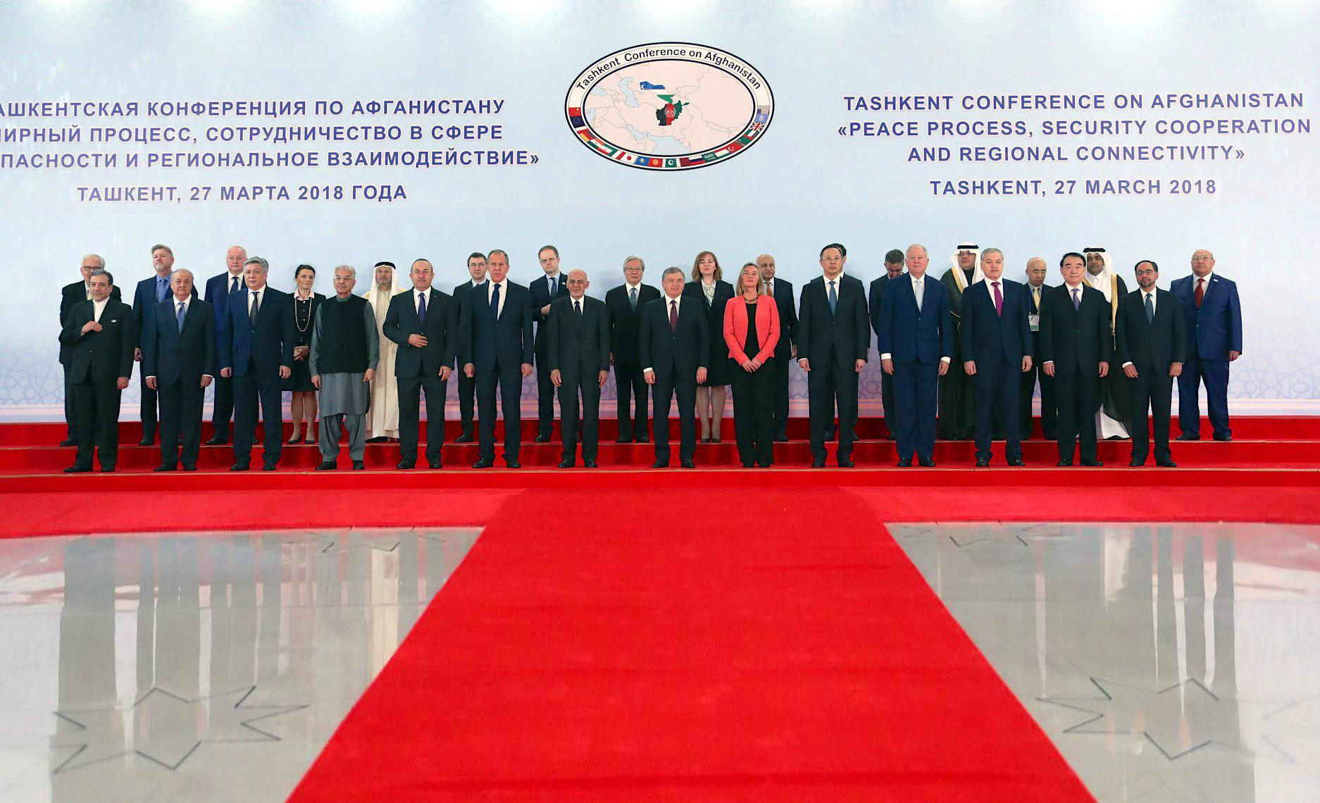 قدرت های جهان به یک صدا از مذاکرات مستقیم بین کابل و طالبان حمایت کردند