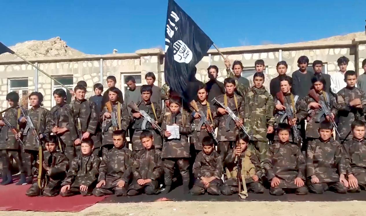 رو آوردن گروهء داعش به شست و شوی مغزی کودکان برای اجرای حملات تروریستی
