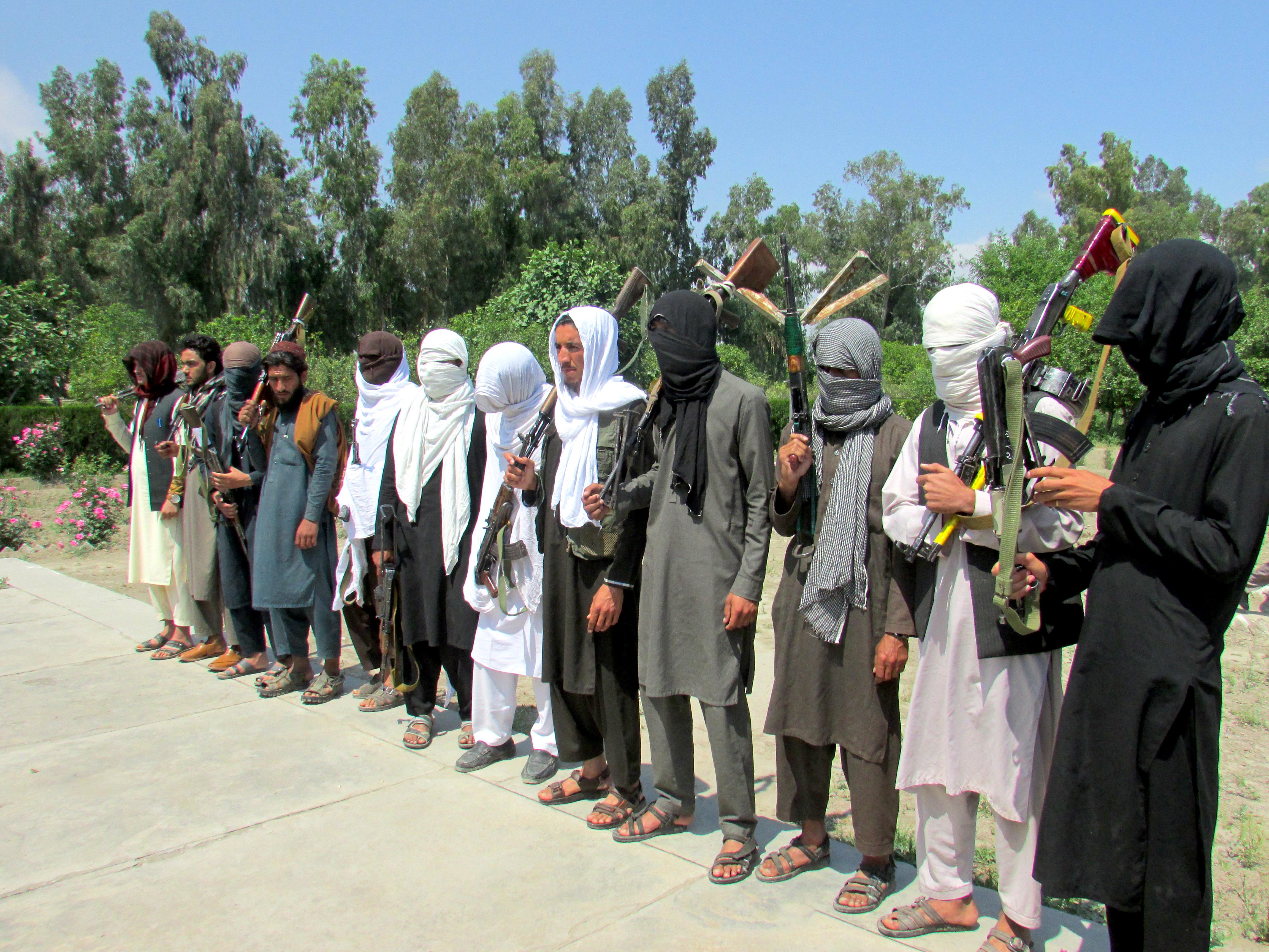 جنگجویان داعش و طالبان در ننگرهار به پروسه صلح یکجا می شوند
