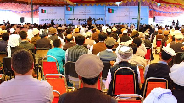 Almost 1,200 tribal elders and religious scholars April 26 gather in Mehtarlam, the capital of Laghman Province, to express their support for upcoming Afghan parliamentary elections scheduled for October 20 and to urge Afghans to register to vote. [Khalid Zerai]