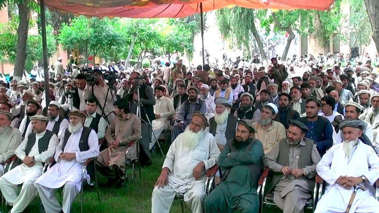 Kunar religious scholars and tribal elders May 11 urge residents to register to vote in the parliamentary elections scheduled for October 20. [Khalid Zerai]