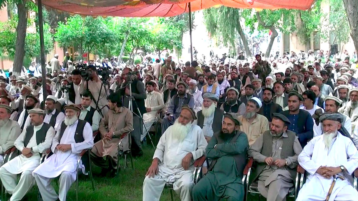 علمای دینی و بزرگان قومی کنر مردم را به رأی دادن تشویق کردند