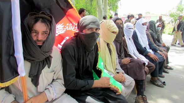 Eleven more ISIS members group surrendered to the local authorities in Jalalabad on May 31. [Khalid Zerai]