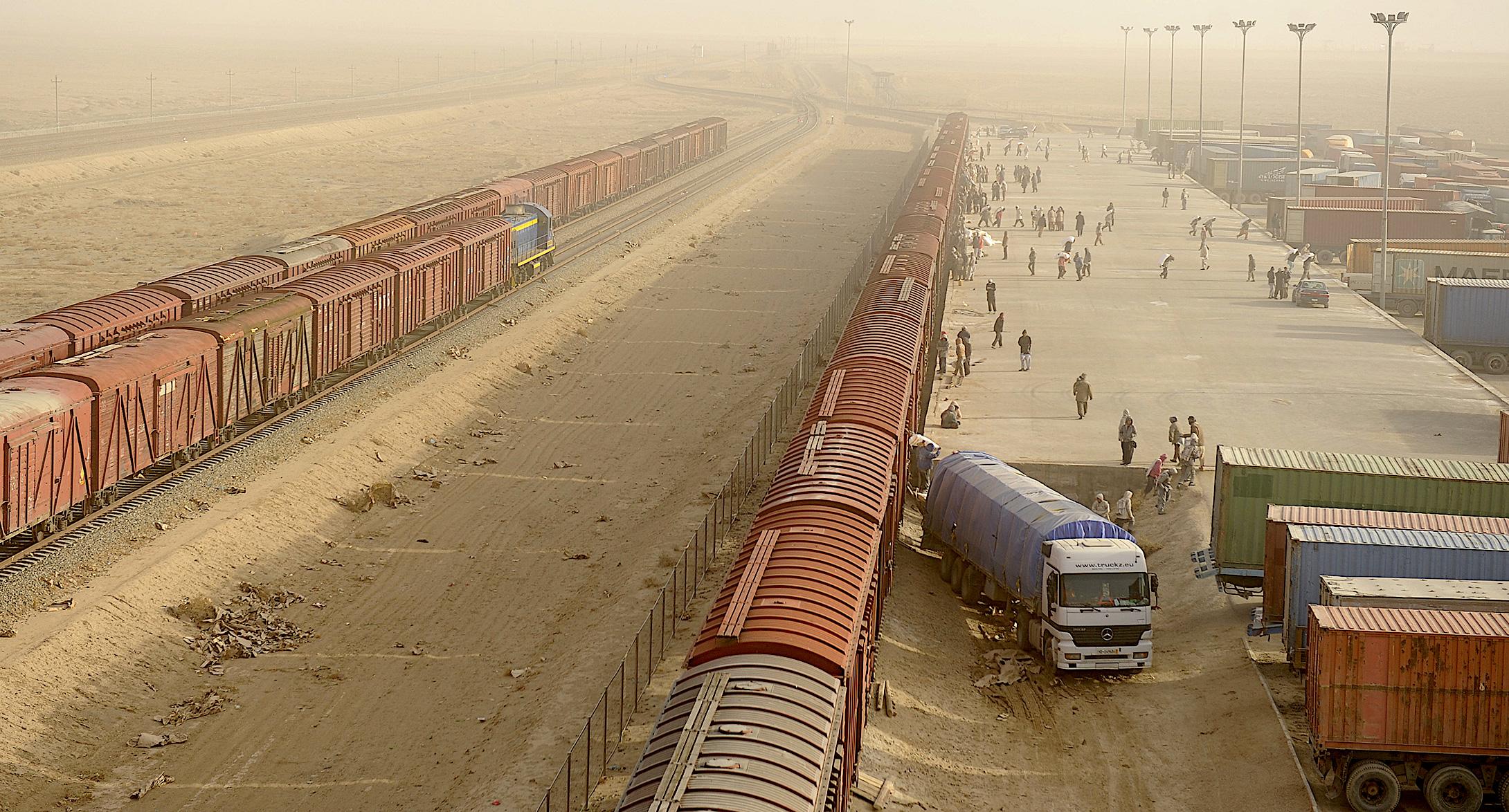 در پی دیدار میرزایف از ایالات متحده پروژه خط آهن افغانستان به واقعیت نزدیک تر شده است