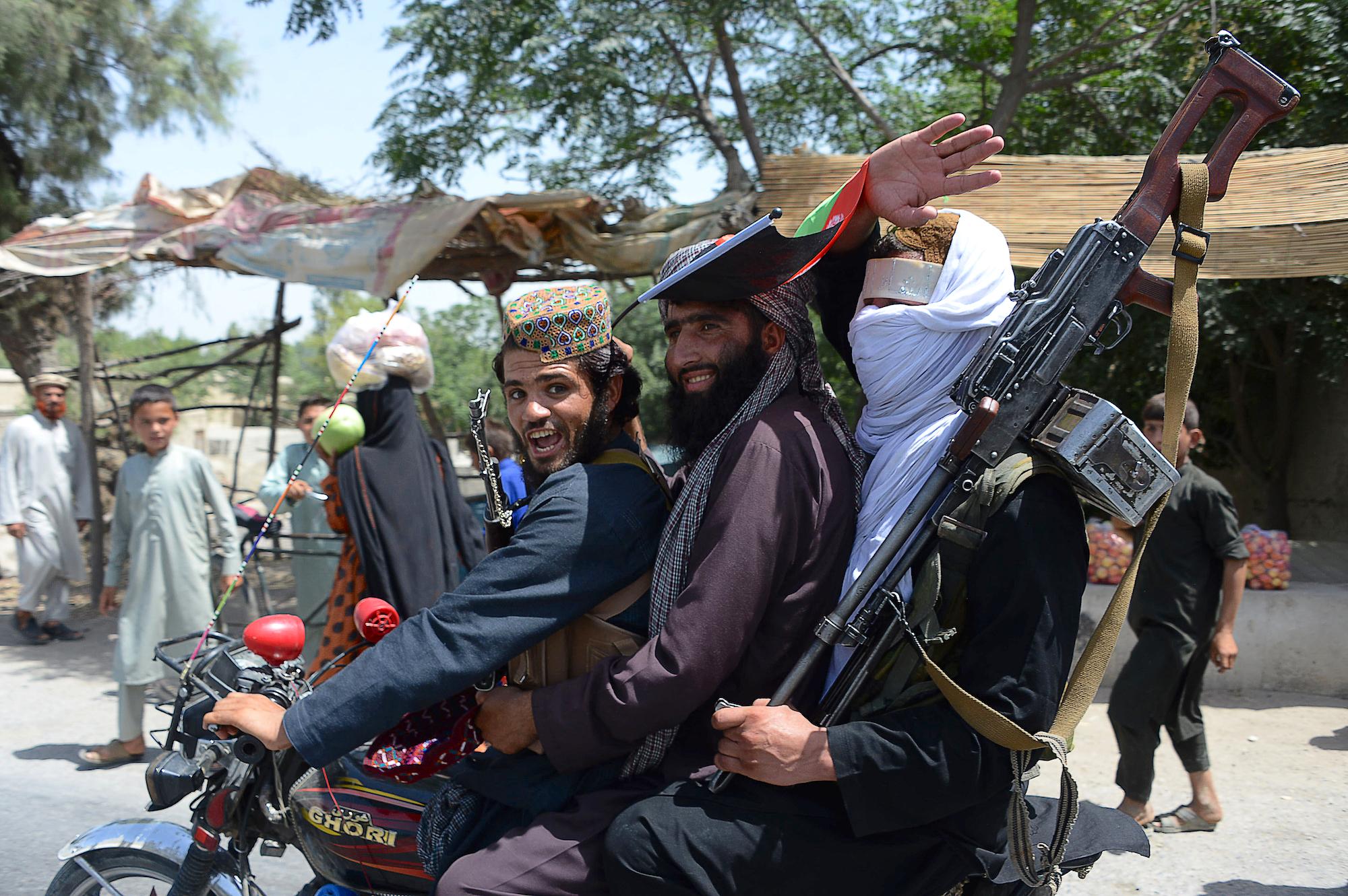 سره له دې چې طالبانو د اوربند د مودې له اوږدولو څخه انکار وکړ، خو سولې ته لا هیله شته