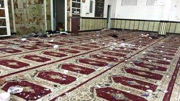مهاجمان انتحاری برقع پوش یک مسجد شیعیان را در گردیز هدف قرار دادند