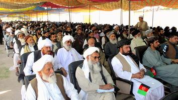 'بزرگان هلمند خطاب به طالبان: 'قبول صلح به معنای شکست نیست