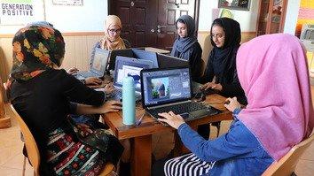 صنف «نسل مثبت» مهارت های انمیشن را در هرات به دختران تعلیم می دهد