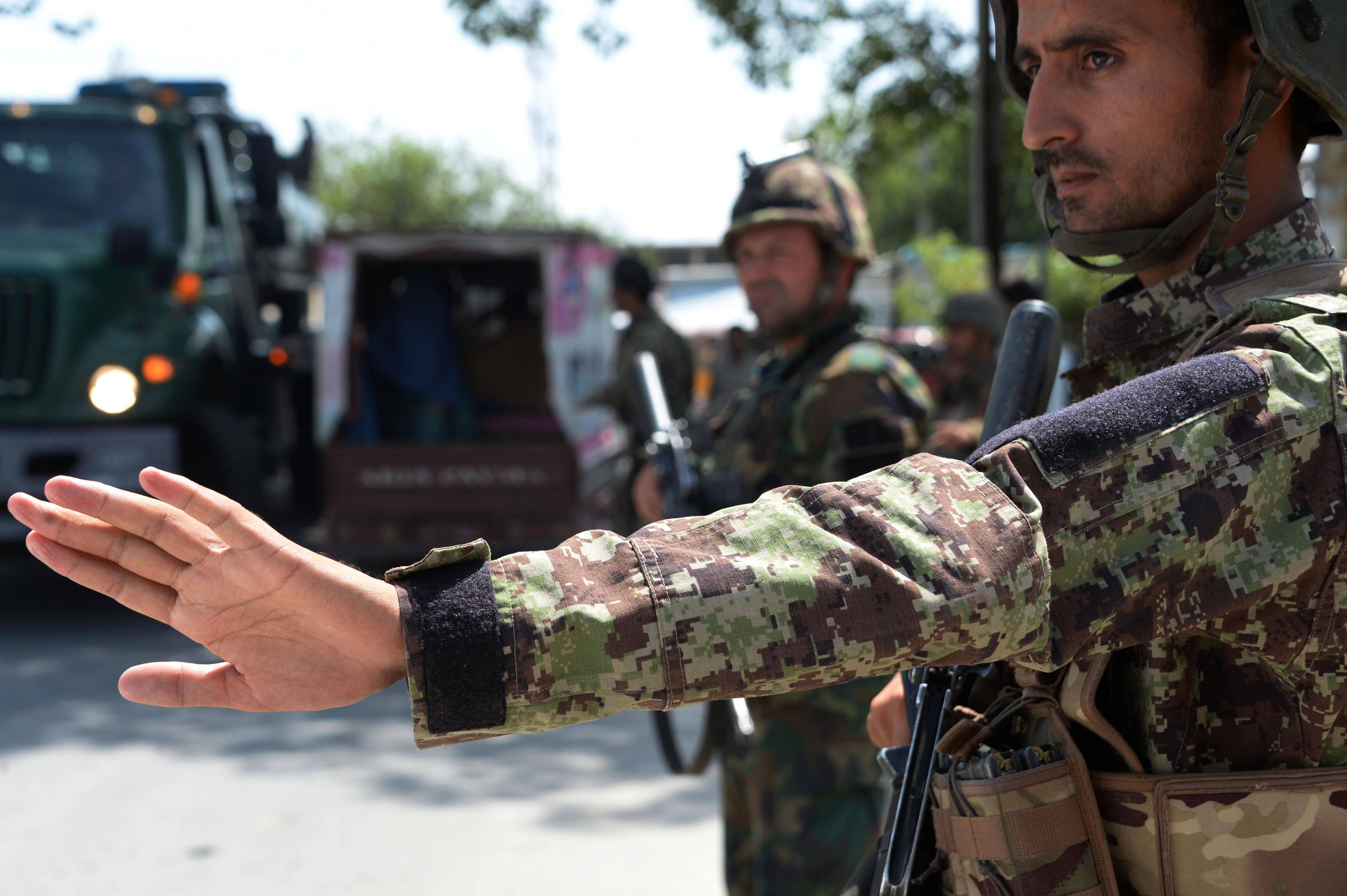 تلاش نیروهای امنیتی افغانستان و باشنده های ننگرهار برای از بین بردن متباقی افراد داعش