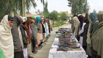 Scores of Taliban lay down arms in Nangarhar following crackdown