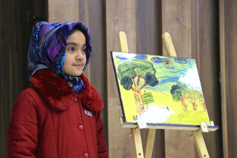 Afghan children demand peace through drawings, writing