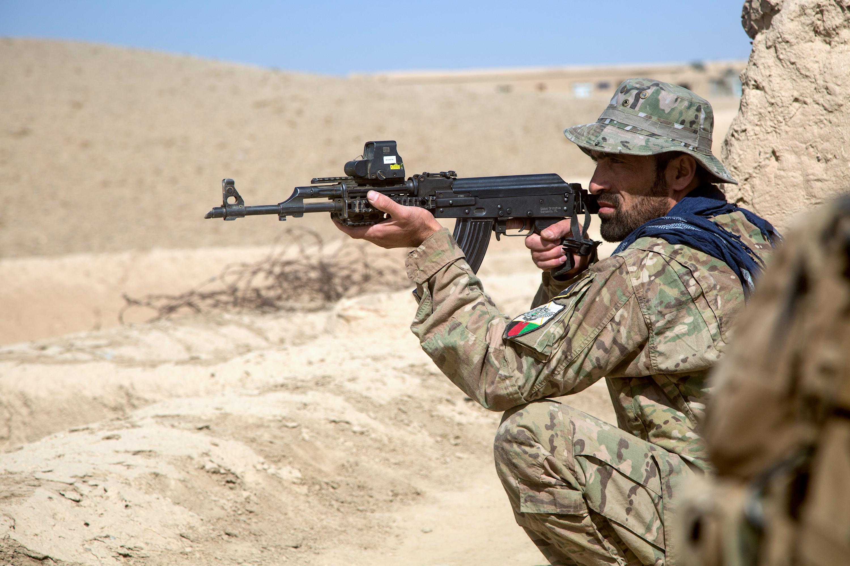 نیروهای افغان در ماه های زمستان فشار نظامی بر طالبان را حفظ می کنند
