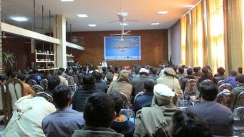 عالمان دینی و فعالان مدنی ننگرهار از طالبان می خواهند تا صلح کنند