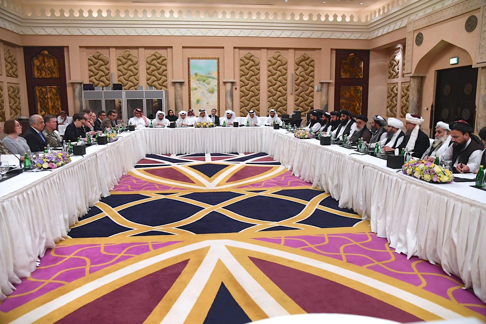 استقبال حکومت افغانستان از «گام های واقعی» مذاکرات ایالات متحده و طالبان