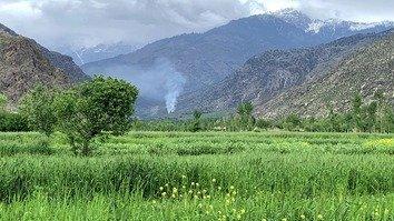 جنگجویان طالبان و داعش، خانه های یکدیگر را در کنر سوزاندند