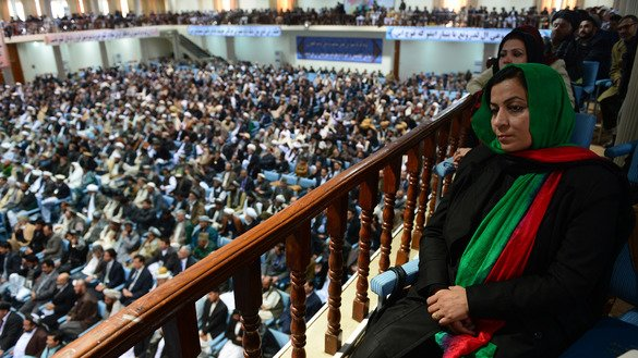 About 2,500 tribal elders and leaders listen during the first day of the previous consultative Loya Jirga in Kabul on November 21, 2013. [Massoud Hossaini/AFP]