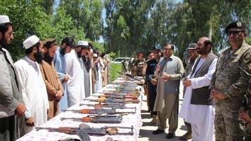 جنگجویان طالبان و داعش در ننگرهار تسلیم شده و عهد کردند تا از حکومت حمایت کنند