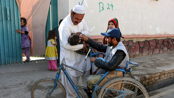Conspiracy theories fuel polio outbreak in Afghanistan