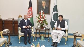 غنی سفر دو روزه اش به پاکستان را با «بدون دوستی چارهٔ نیست»، خلاصه کرد