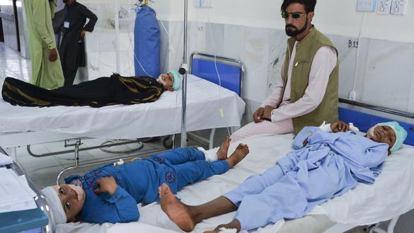 بمبگذاری طالبان یک مدرسه را در لغمان هدف قراردادند و کودکان را کشتند که قرآن کریم میخواندند