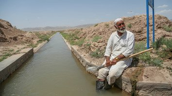 Afghan villagers learn about sustainable irrigation