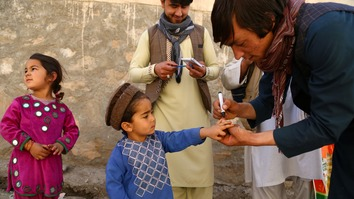 Afghan polio vaccination campaign gains public support