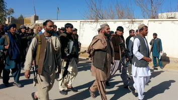 Hundreds of Uruzgan residents take up arms against Taliban