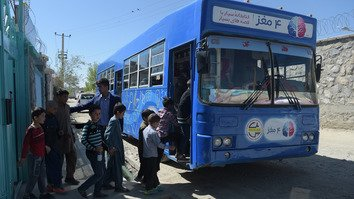 Charmaghz library bus brings reading to Afghan children